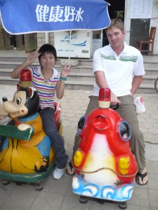 Sean meets a new friend in Qin Long, who shows us around her city and helps him find a new shirt to buy.